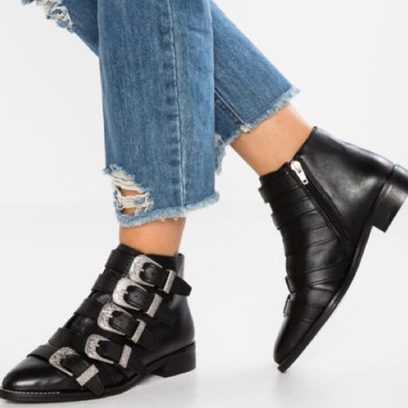 New Topshop Andi Buckle Leather Ankle